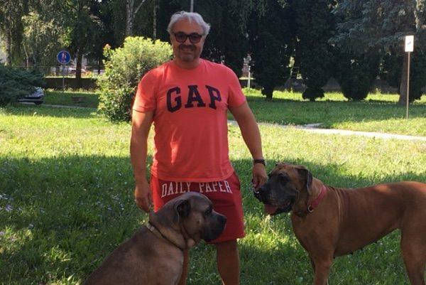 Martin Zounar je milovníkom halušiek. Do R. Soboty prišiel s dvomi veľkými psami