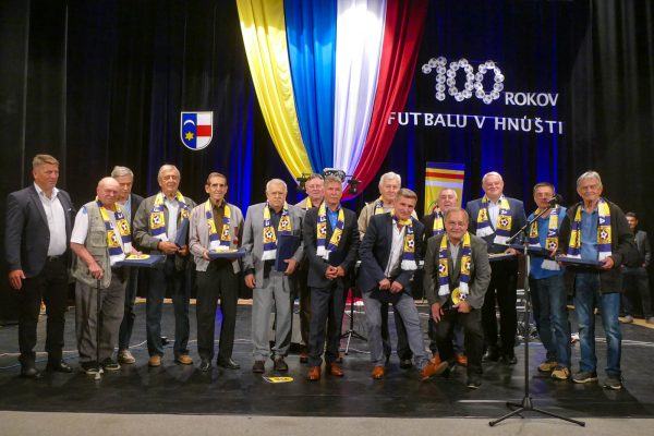 V Hnúšti oslavovali storočnicu futbalu + foto a video