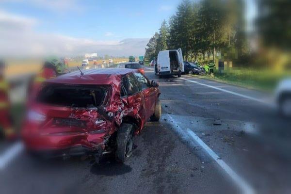 Nehôd na diaľnici, akej účastníkom bol viceprimátor, nebýva veľa. Má ťažké zranenia, ale je stabilizovaný