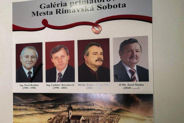 V R. Sobote sa začína hovoriť o kandidátoch na primátora. Šimko sa vyjadrí na budúci rok